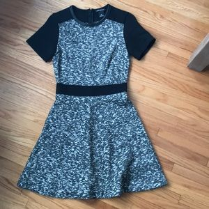 EUC Club Monaco grey/black mini dress. Size 00